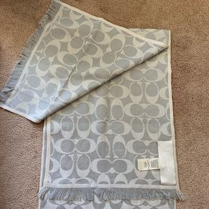 Women's Coach Scarf / Wrap